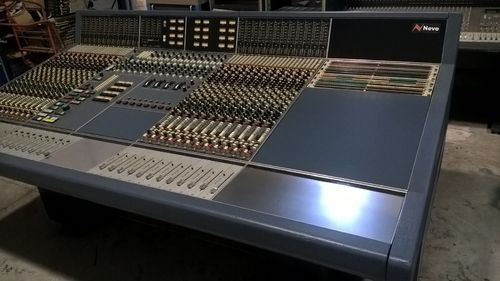 Neve VR· 24CH Console